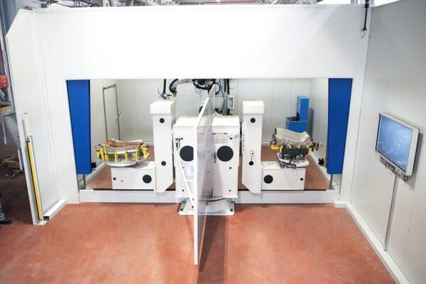 CMC-RoboticCuttingandLaserWelding-1024x684